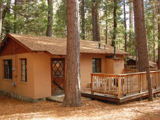 (3) Bassett Cedar Rock Cabin II, Wawona