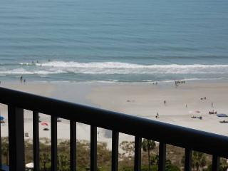 Royal Palms 3 Bedroom Myrtle Beach Vacation Rental with a Pool