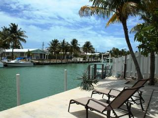Tropical Tranquility, island living!  # 1A, Key Colony Beach