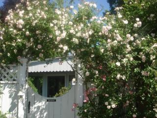 Reed Rose Cottage Suites, booking for 2019...summer dates go quickly