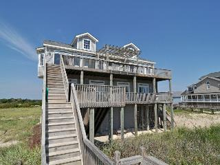 Hampton Colony 612 Oceanfront! | Community Pool, Hot Tub, Elevator, Internet, Ja