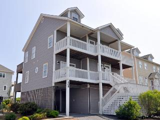 Hampton Colony 408 Oceanfront-B Lot! | Community Pool, Hot Tub, Internet, Game