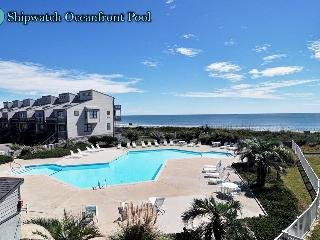 Shipwatch Villa 1401 Oceanfront! | Community Pool, Elevator