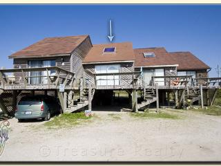 Topsail Villa 20 Oceanfront! | Beach Bungalow with easy beach access, North Topsail Beach