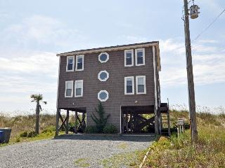 Ocean Drive 516 Oceanfront! | Hot Tub, Jacuzzi, Fireplace, Internet, North Topsail Beach