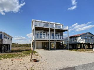 Ocean Drive 649 Oceanview! | Internet, North Topsail Beach