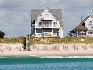 Island Drive 4318 Oceanfront! | Internet, Community Pool, Hot Tub, Elevator, Jacuzzi, Fireplace, North Topsail Beach