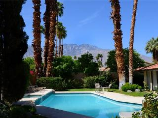 Los Compadres Family Home, Palm Springs