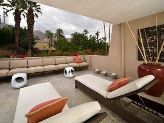 Villa de Las Palmas Modern, Palm Springs