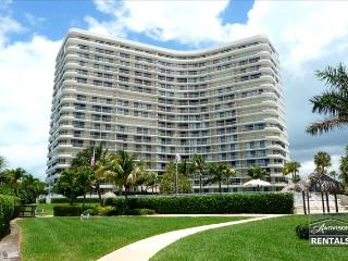 Beautifully updated beachfront unit in fabulous South Seas Tower., Marco Island
