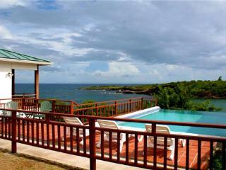 Two Bays Villa for 2 - Grenada