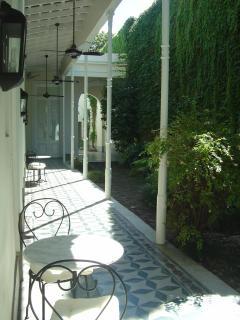 Galería and garden