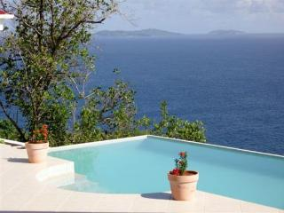Bequia Whispers