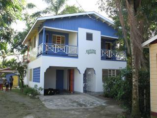 Indikanegril beach house- Negril Jamaica