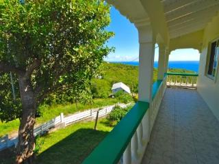 Atlantic View Villa - Bequia, Port Elizabeth