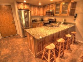 CM216S2BR Copper Mtn Inn 2BR 2BA -, Copper Mountain