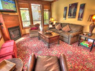 MC204 Mill Club 3BR 3BA - Center Village, Copper Mountain