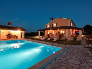 HOLIDAY VILLA IN RABAC, ISTRIA  with pool