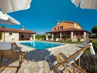 Holiday villa in Rabac for rent