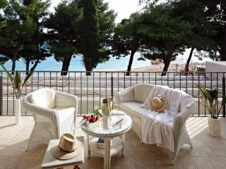 LUXURY SEA FRONT VILLA FOR RENT - Brac Island