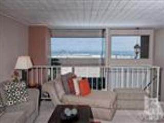 Mandalay Shores ~Unobstructed Ocean Views~ Condo, Oxnard