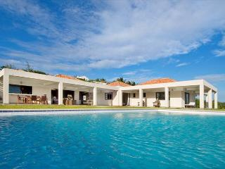 Impressive 6 Bedroom luxurious villa with spectacular views!, St. Maarten