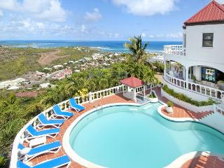 Wonderful 5 Bedroom Villa with Spectacular Views overlooking Oyster Pond, St. Maarten-St. Martin
