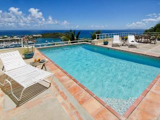 Villa Angel, Wonderful 3 Bedroom Property with breathtaking panoramic views!, St. Maarten-St. Martin
