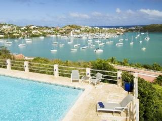 Amazing 5 Bedroom Villa just a short walk to the Beach!, St. Maarten-St. Martin