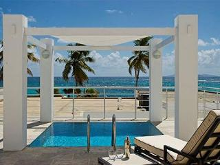 Luxury 2 Bedroom Beachview Villa with private pool | Island Properties, St. Maarten-St. Martin
