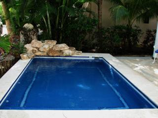 4 bdrm villa in Playacar private Pool & ocean view, Playa del Carmen
