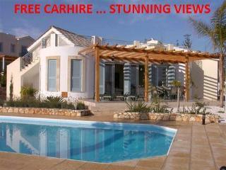 Villa Thalassa 3 bed with PVT pool FREE CAR  HIRE, Kouklia