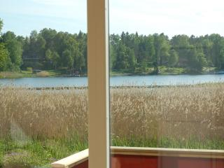 Stockholm archipelago, sleeps 4+2, boat and canoe, Norrtalje