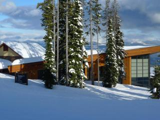Crescendo at Big White:  an Executive Rental of Unparalleled Excellence