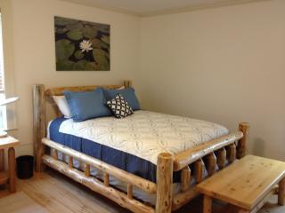 1 of 2 Queen Beds in north bedroom