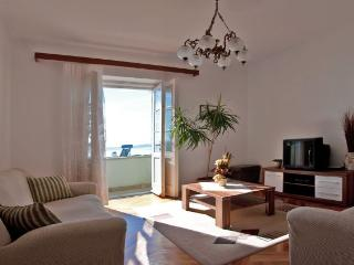 Cozy apartment on Bacvice beach in Split
