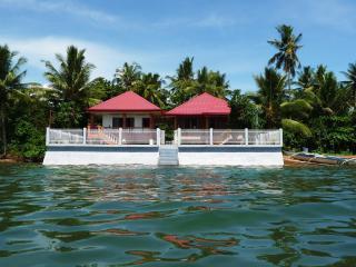 Biliran Paradise Sea Houses, Naval