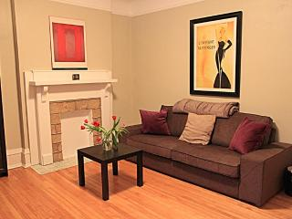 Upscale chic & central Fully furnished apartment, Ottawa
