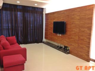 GT 2 Bedroom 2 Bathroom Apartment MRT Zhong Xiao Dun Hua just at the door front, Taipei