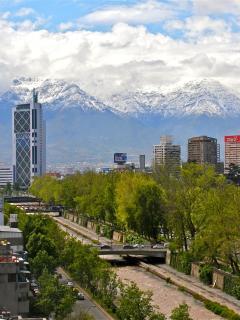 Late spring snow over the Andes mountains. Vista: última nieve de primavera en los Andes.