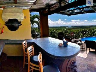 Private Pool Bar with Panoramic Caribbean View! A/C  WiFi  Bonita Vista Vieques!