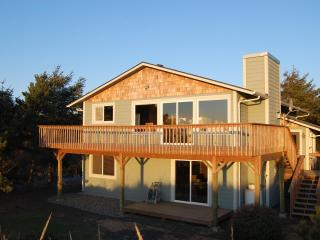 Nature Beach House - Oceanfront, Ocean Shores