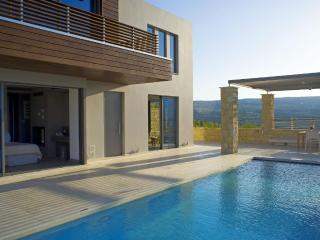 Villa Harmony,cretan luxury living in Kasteli, Chania