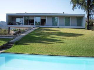 Modern 3 bdr Villa on a very nice rural area, Vila Verde