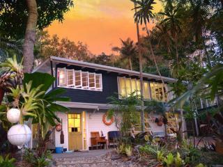 Port Douglas Artists' Beach House