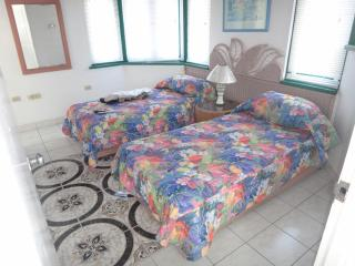 Seacastles  Vacation Penthouse, Montego Bay