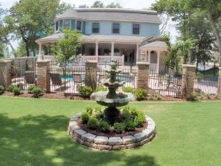SALTAIRE, Elevator, pool, hot tub, putting green, pet friendly in Duck, OBX