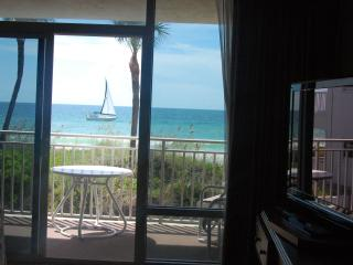 Anna Maria Island Beachfront studio apartment-end unit. Newly renovated.