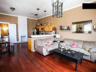 3BDR Uptown Home Off Magazine (Garden District), Nueva Orleans