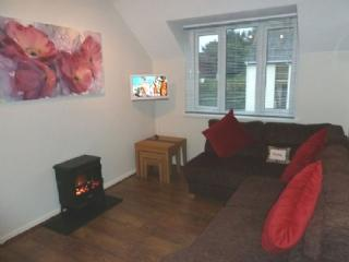 TREE TOPS APARTMENT, Bowness on Windermere, Bowness-on-Windermere